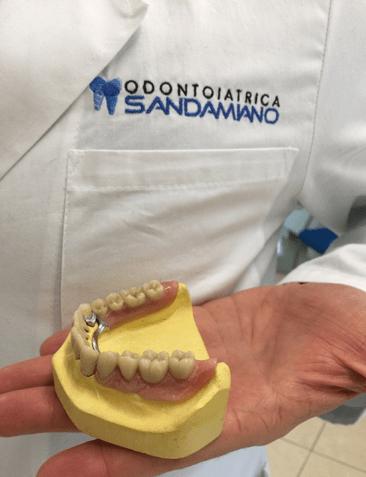 Damiano Due Mobili.Protesi Mobili Odontoiatrica San Damiano Sassuolo Modena